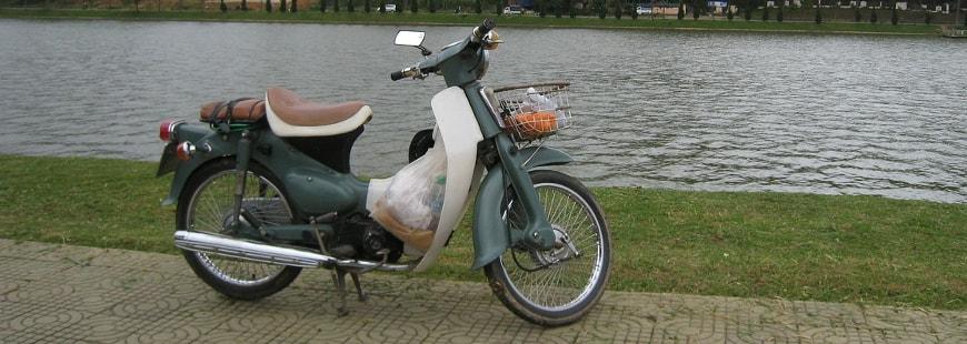 A la Réunion, trop de motos et scooters sont débridés