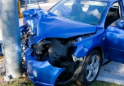voiture-bleue-accident
