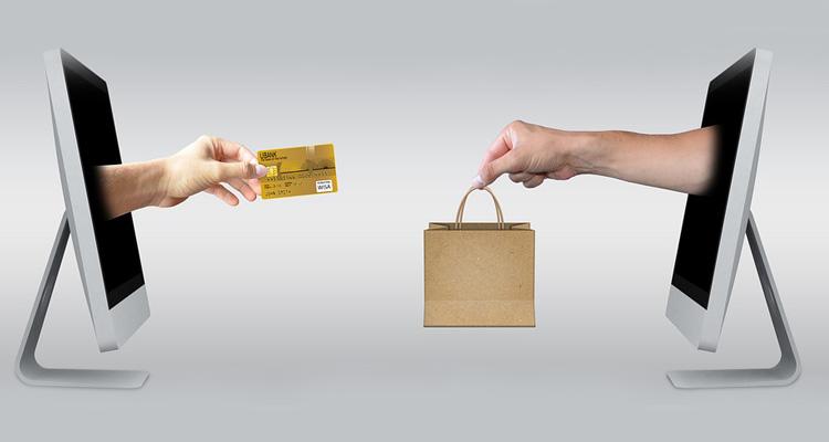 ordinateur-carte-bancaire-achat