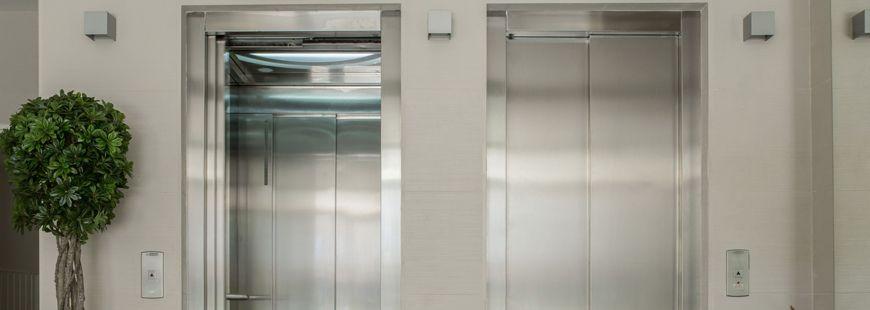 Actuellement, la loi impose un ascenseur pour les bâtiments d'au moins quatre niveaux