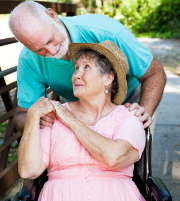 Maison connectée : une solution pour la sécurité des personnes âgées ?