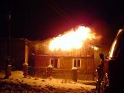 Il met le feu à sa maison pour toucher l'assurance