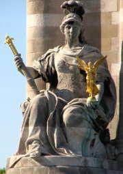 statue-justice