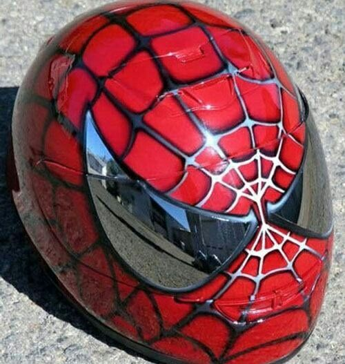 casque-moto-superman