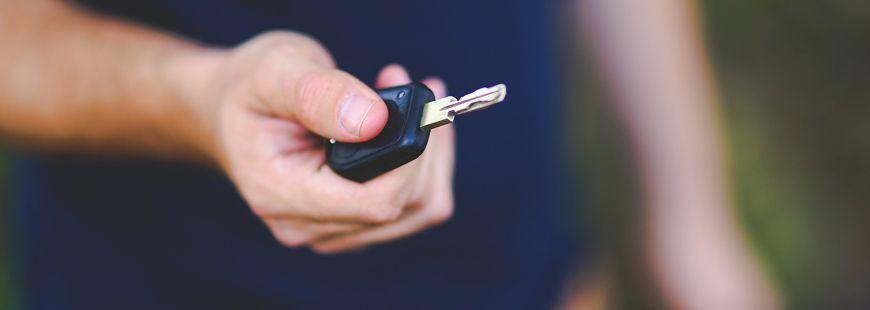 Comment bien assurer une voiture de location ?
