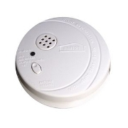 Le détecteur de fumée doit-être fixé en hauteur