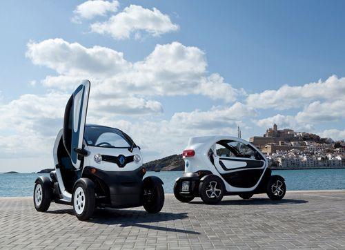 deux-Renault-Twizy