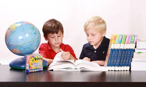 Quelles aides existent pour s'inscrire à l'école?