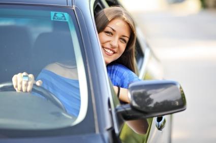 femme-auto-voiture