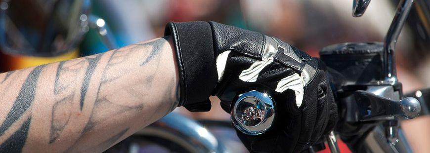 Les gants Napospy sont connectés à un smartphone via une application