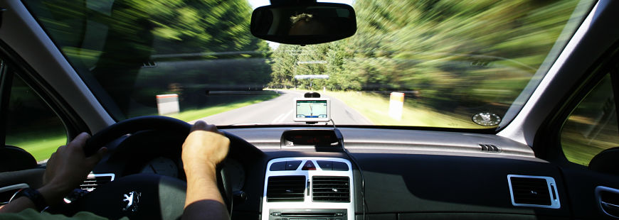 """33 % des """"gros rouleurs"""" téléphonent au volant"""
