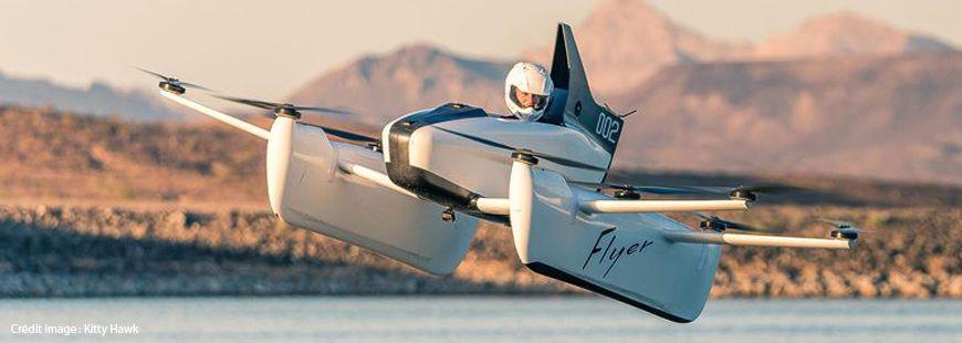 La voiture volante « flyer » vole à 32 km/h maximum