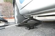 Nouvelle arnaque : les pneus crevés de l'auto !