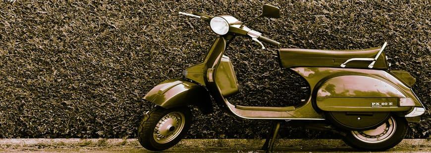Ujet, le scooter russe qui est pliable