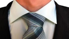 homme-costume-cravate