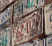 Deux-roues : vos plaques sont-elles conformes ?