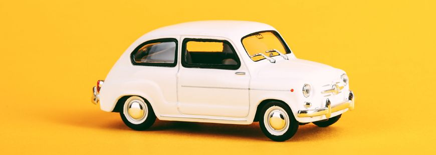 petite-voiture-blanche