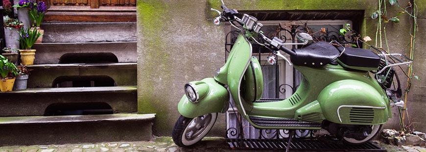 Comment fonctionne l'assurance pour un deux-roues loué ?