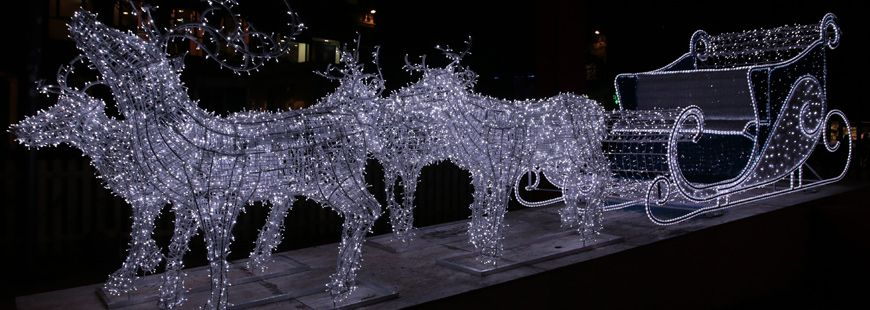 Le traîneau du Père-Noël illuminé !