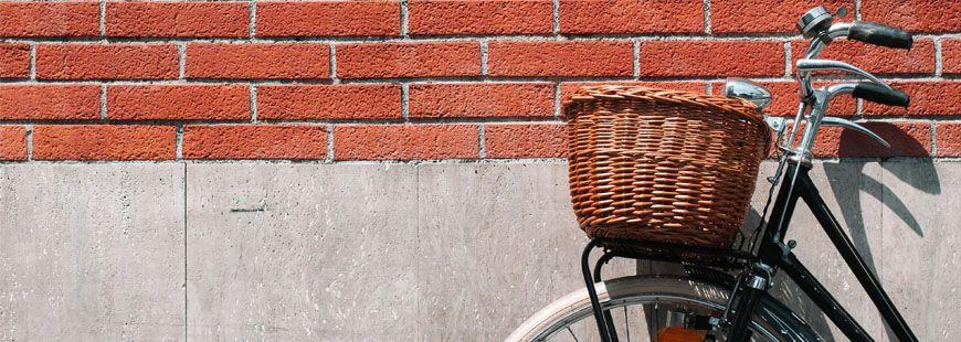 vélo-mur-brique