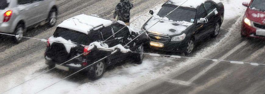 La neige et le verglas peuvent causer des dommages sur votre automobile