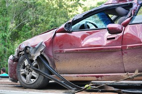 voiture-rouge-accident