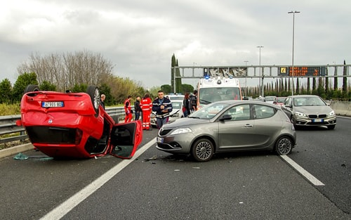 voiture-autoroute-accident