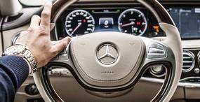 mercedes-volant-voiture-luxe